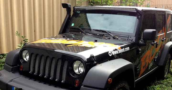 jeep jk 2012 vendu car interior design. Black Bedroom Furniture Sets. Home Design Ideas